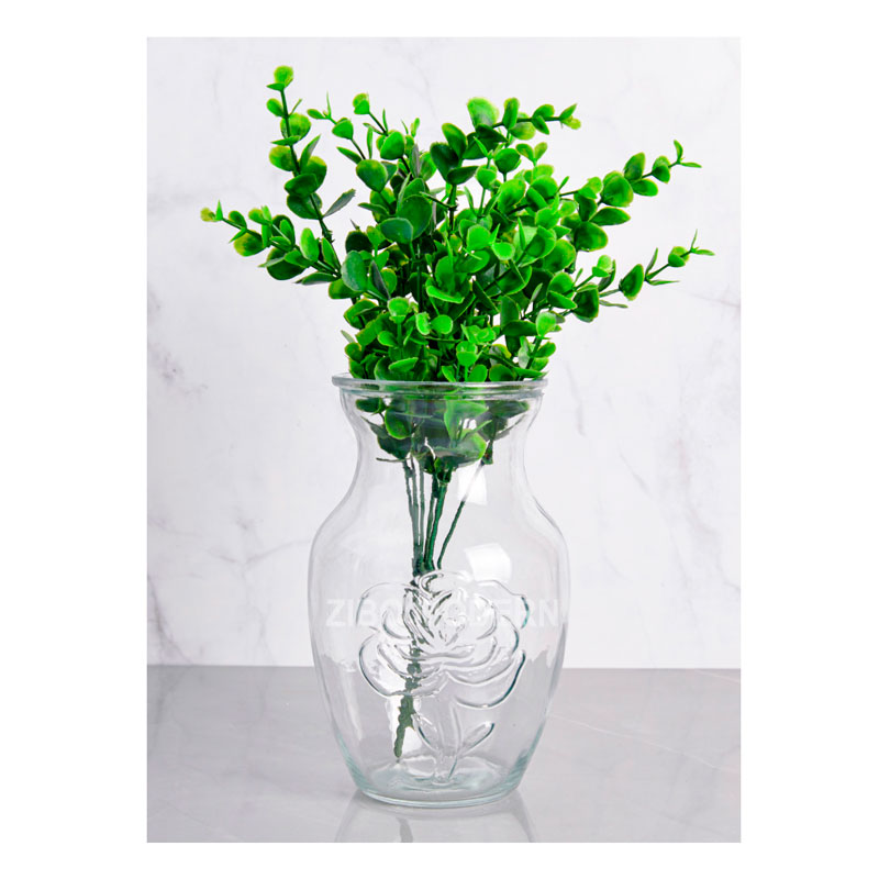 1.4 L / 8 Inch High Beautifully Clear Glass Vase